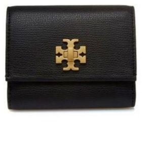 NWT Tory Burch Kira Foldable Medium Wallet ~ Black